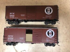 Buffalo Creek HO Boxcars #2200 and 2552