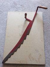 Ancien coupe foin décoratif