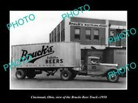 OLD LARGE HISTORIC PHOTO OF CINCINNATI OHIO, THE BRUCKS BEER DELIVERY TRUCK 1950