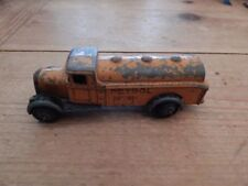 Camion-citernes miniatures Dinky