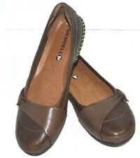 MERRELL BROWN GENUINE LEATHER SHOES SIZE 10 EXCELLENT CONDITION