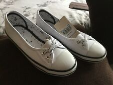 Ladies Brand New TU White Canvas Shoes Size 4 With Black Trim
