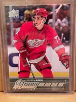 2015-16 Upper Deck Young Guns #228 Dylan Larkin RC DETROIT RED WINGS RC