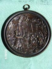 Plaque médaillon en bronze à suspendre