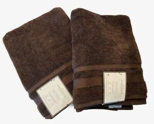 Threshold- Performance Bath Towel- brown 30'' x 54'' lot of 2