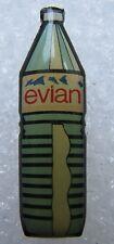 Pin's Bouteille d'eau Minérale EVIAN #2085