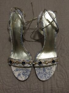 J. Vincent Beige/Blue Print Jeweled Gold Stiletto Heels Tie Ankle Straps NWOB 9M