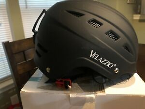 Velazzio Valiant Ski Helmet L, Snowboard Helmet - Adjustable Venting. Black