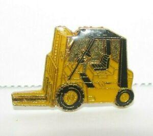 Caterpillar Cat P5000 M30 GP25K B25 Fork Lift Truck Hat Lapel Pin Construction