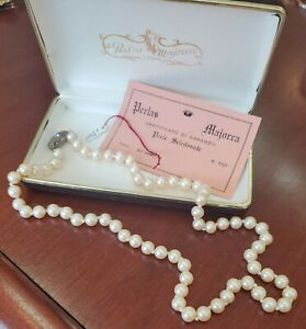 MAJORICA VINTAGE PEARL  NECKLACE WITH BOX & CERTIFICATE