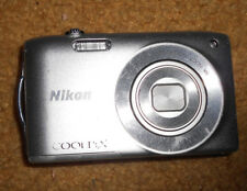 Nikon COOLPIX S3300 16.0MP Digital Camera  SILVER WORKING AS-IS READ DESCRIPTION