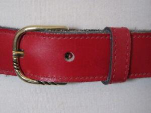 VINTAGE 90'S SLIM RED LEATHER BELT BRASS EFFECT BUCKLE U.K.. SIZE 10-12 NEWWAVE
