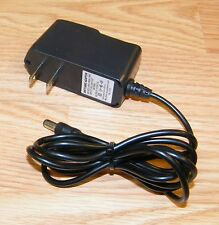 Unbranded/Generic (AB41-060A-100T) 5V 1A 50/60Hz AC Adapter Power Supply