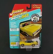 Johnny Lightning Banana Gold 1970 Dodge Coronet Super Bee 1/64 Rubber Tires New