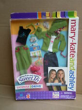 Licence 2 DISQUE Poupée Fashion Pack tenue Mary-Kate & Ashley Barbie Mattel 2002