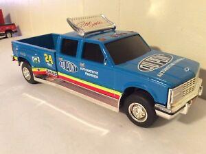 Chevy Dually 1 ton Jeff gordon 1:24 Truck Bank crewcab dupont action blue loose