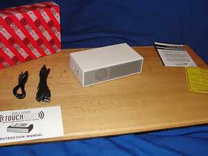 Viatek Deluxe Touchplay Induction Speaker with Alarm Clock WHITE  NEW