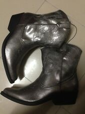 Forever 21 cowboy boots shoes SIZE 5.5 $40