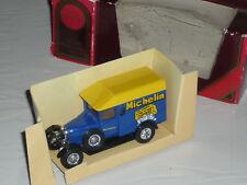Matchbox Models of Yesteryear Morris Cowley Van Michelin Boxed c. 1:36 scale