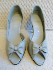 Original vintage 1980s ladies peep toe grey shoe made in England by Jen size 4