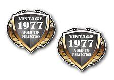 2pcs bouclier datée du 1977 vintage aged to perfection vinyle motard casque autocollant voiture