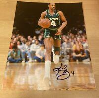 Sidney Moncrief Bucks NBA HOF Autographed Signed 8X10 Photo W/COA