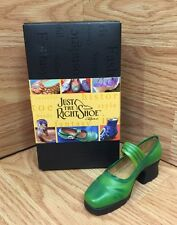 Just The Right Shoe by Raine 1999 Treads 25078
