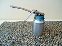 "Vintage Made In Italy Brevettato Metal Oil Squirt Can "" GREAT COLLECTIBLE ITEM """