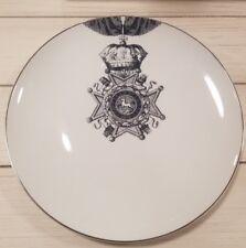BRAND NEW (4) MITCHELL BLACK RIBBON LION DINNER PLATES RARE HOME DECOR
