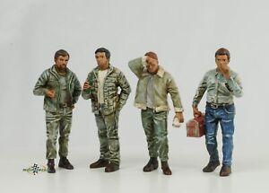 Retro Mechanic Mann Figurine Set 4 Figurines 1:24 American Diorama