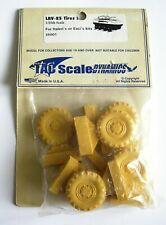 TAC SCALE DYNAMICS - 1/35 LAV-25 TIRES - RESIN - FOR ITALERI OR ESCI - 35001