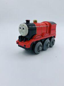 Thomas & Friends James Metal Die Cast Motorized Wooden Railway Engine W/ Light