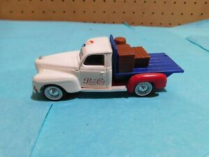 Solido diecast 1:43 1940 Red, White, and Blue Dodge Pepsi-Cola truck
