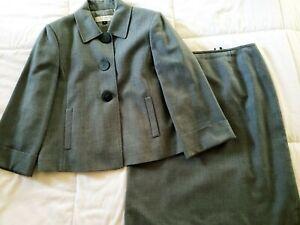 NWOT Tahari Womens Arthur S. Levine Two Piece Skirt Suit gray Size 6