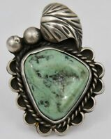 VINTAGE NAVAJO STERLING SILVER GREEN TURQUOISE FEATHER RING SZ 8 SIGNED
