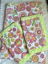 Cynthia Rowley Twin Double Side Floral/ Polka Dot Quilt Bed Set.