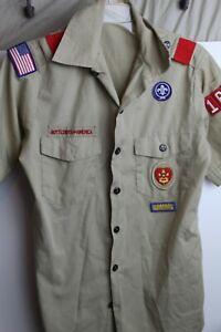 BSA Boy Scout Shirt Men's Khaki Short Sleeve Size Small Red Shoulder Loops