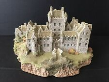 """Lilliput Lane """"Cawdor Castle"""" The Scottish Collection in Original Box with Deed"""