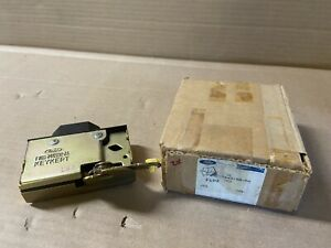 Ford F6DZ-7443150-AA Tailgate Latch for 1996-2000 Taurus & Sable Wagon