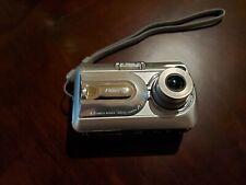 Fujifilm FinePix A340 4.0MP Digital Camera Silver. With Cases & All Accessories