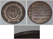 Medaille 40 J. Dienst Kammer für Arbeiter und Angestellte Wien 1960 / Silber 900