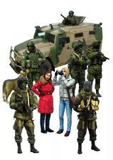Kit de Figuras 1/35 Escala Modelo de resina moderna soldados rusos y medios de comunicación (8 Figuras)