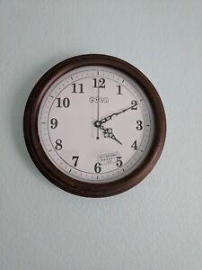 handmaded Oak Finished Wall Clock