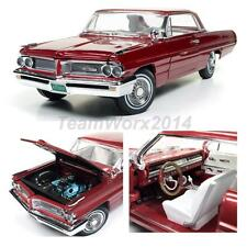 AUTO WORLD AMM1097 1962 Pontiac Grand Prix Diecast Car 1:18 NEW!