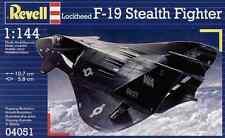 Revell 1/144 F19 Stealth Fighter Plastic Model Kit 04051