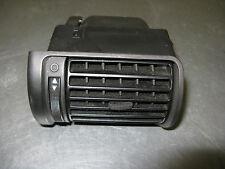 Audi A4 B5  Luftdüse Lüftungsgitter Links   8D1820901