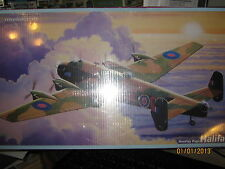 Modelcraft British WWII Handley Page HALIFAX Bomber-SCALE 1/72-FREE SHIPPING