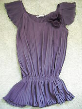 NEW sz 8 to 10 New Look purple pleated rose top bnwot