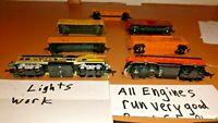 LOT#55 HO SCALE 2 ENGINES &5 CARS SANTA FE& MILWAUEE ROAD