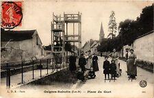 CPA  Guignes-Rabutin (S.-et-M.) - Place du Guet   (293003)